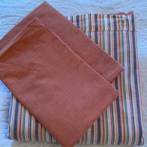 3 piece reversible  Duvet cover and pillow cases